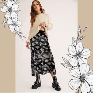 KELLY WEARSTLER Silk Abstract Printed Midi Skirt